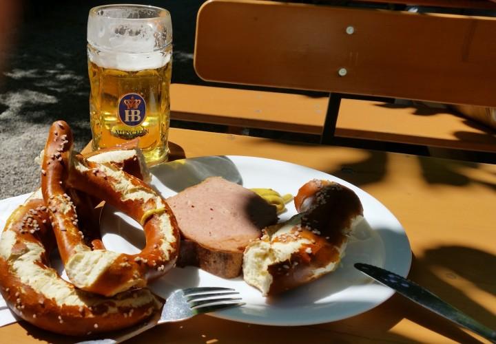 Aumeister Restaurant und Biergarten im Englischen Garten – Schwabing-Freimann, München Bild