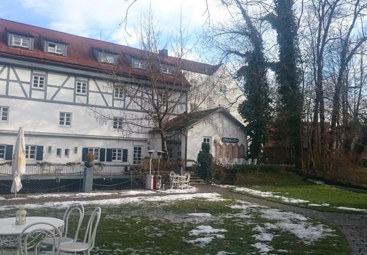 Insel Mühle Hotel Restaurant Biergarten – Allach-Untermenzing, München Bild