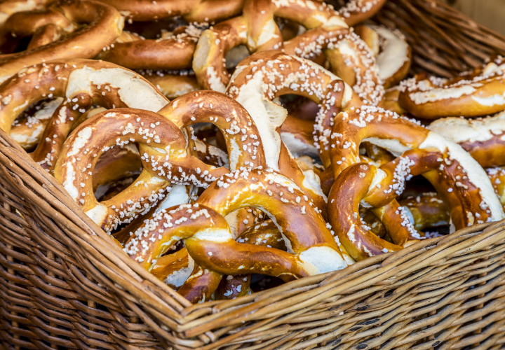 Biergarten Kugler Alm – Oberhaching, München Bild