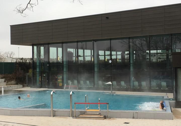 AquariUSH - Familien-Thermalbad & Sauna Oase, Unterschleißheim Bild