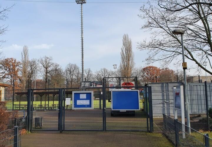 Sportplatz Virchowstraße Bild